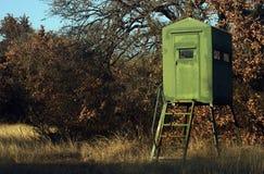 Soporte de la caza de los ciervos imagen de archivo libre de regalías