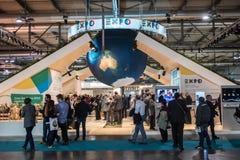 Soporte de la expo 2015 en el pedazo Milán, Italia Fotografía de archivo libre de regalías