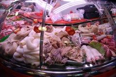 Soporte de la tripa en mercado en Barcelona foto de archivo libre de regalías
