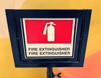 Soporte del extintor fotografía de archivo
