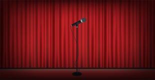 Soporte del micrófono en fondo rojo de la cortina de la etapa stock de ilustración
