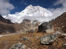 Soporte Makalu en el Himalaya Foto de archivo