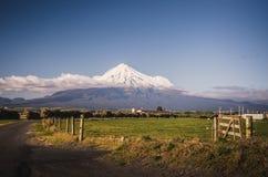 Soporte Taranaki, el Fuji de Nueva Zelanda Fotos de archivo libres de regalías