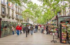 Soportes de flor en la calle de Rambla del La, en Barcelona Foto de archivo libre de regalías