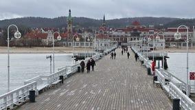 Sopot Pier Molo in de stad van Sopot, Polen stock footage