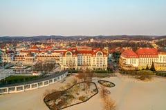Sopot Polen - April 4, 2019: Mitten av Sopot fångade med ett surr på våren arkivfoto