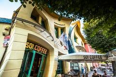 Sopot, Polonia-septiembre 7,2016: Casa de Crocked en Sopot Polonia Foto de archivo libre de regalías