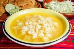 Soppa för Pozole traditionell mexicansk mathavre arkivfoton