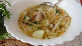 Soppa med skeden Royaltyfri Fotografi