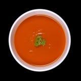 Soppa som isoleras på svart Arkivbilder