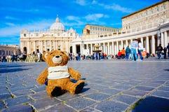 Sopporti la bambola al quadrato dello St Peter da Roma nello stato del Vaticano fotografia stock