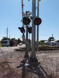 Sopra i binari ferroviari Immagini Stock