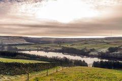 Sopra il bacino idrico di Digley immagine stock libera da diritti
