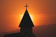 Sopra il bello tramonto vago nella caduta con un fondo leggero che stupisce La pace di amore della carta I di Buon Natale di conc Fotografia Stock
