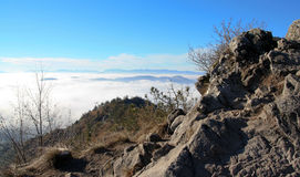 Sopra la nebbia Fotografia Stock