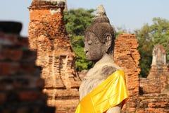 Sopra la parte del corpo di seduta della statua antica di Buddha Fotografia Stock Libera da Diritti