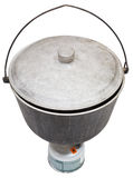 Sopra la vista del vaso fuligginoso di campeggio sul bruciatore a gas Immagine Stock Libera da Diritti
