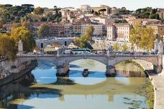 Sopra la vista di Roma e del ponte Vittorio Emanuele II Immagine Stock Libera da Diritti
