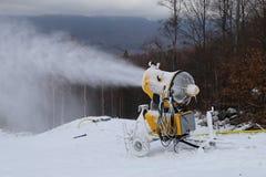 Sopro do canhão da neve fotos de stock