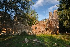 Sorano, Grosseto, Tuscany, Italy: the ruins of a medieval church. In an ancient abandoned town dating back to Etruscan times near the village San Quirico Stock Images