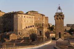 Sorano, Toscaans dorp. stock afbeelding