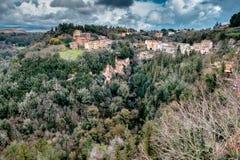 Sorano, Toscanië, Italië, Kleine stad is rijk aan kunst en geschiedenis Stock Afbeelding