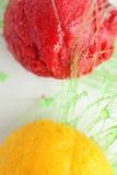 Sorbet von der Orange und von der Erdbeere Lizenzfreies Stockfoto