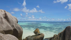 Sorce d'argent. Anse source d'argent on la digue Stock Photos