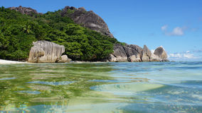 Sorce d'argent. Anse source d'argent on la digue Royalty Free Stock Photo