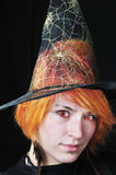 Sorcière mignonne de rouge-cheveu Image libre de droits