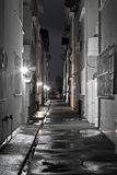 Sordide foncé une nuit humide Photos libres de droits
