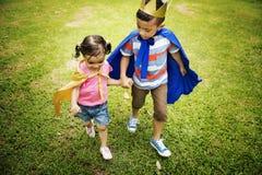 Sorella Girl Boy Kid Joy Playful Leisure Concept del fratello fotografie stock