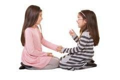 2 sorelle o amici Immagini Stock Libere da Diritti
