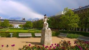 Sorgente a Parigi Immagine Stock