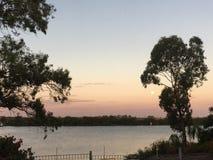 Sorgere della luna su Murray River Fotografie Stock Libere da Diritti