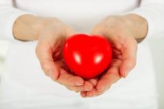 Sorgfalt für Ihr Herz lizenzfreie stockfotos