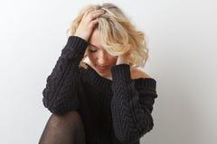 Sorgsenhetung flicka Royaltyfri Fotografi