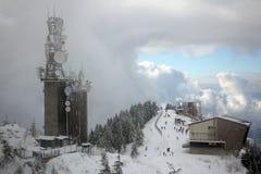 Sormy moln som omger väderstationen Royaltyfria Bilder