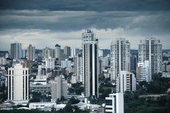 Sorocaba van de binnenstad in Brazilië stock foto's