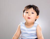 Sorpresa de la sensación del bebé Imagen de archivo