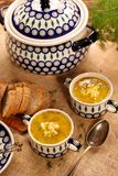 Sorrel soup in a vintage bowl with egg and bread on a wooden tab. Le stock photos