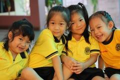 Sorridere degli studenti di asilo Fotografie Stock Libere da Diritti
