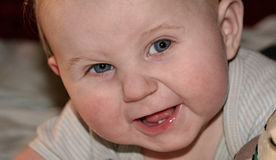Sorridere del neonato immagine stock libera da diritti