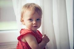 Sorridere della neonata Immagini Stock Libere da Diritti