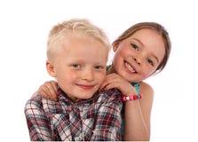 Sorridere della sorella e del fratello Immagine Stock Libera da Diritti
