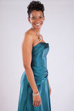 Sorridere grazioso della donna di colore Immagine Stock Libera da Diritti