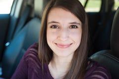 Sorridere grazioso della ragazza Fotografia Stock Libera da Diritti