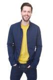 Sorridere maschio del modello di moda Immagine Stock
