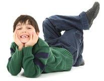 Sorridere torto curvato del bambino immagine stock libera da diritti