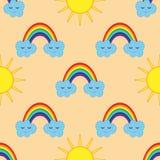 Sorrir nubla-se com um arco-íris e o sol As crianças sem emenda pattren Imagem de Stock
